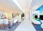 17. Open Plan dining and lounge area