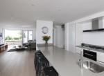 20. Kitchen area